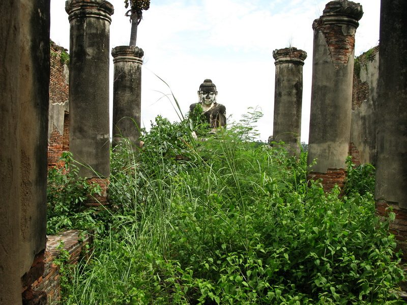 Budda Statue in Ruins Inle Lake Area - Shan State