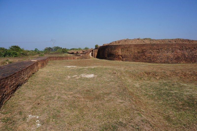 Archeological remains of the city wall Sri Ksetra