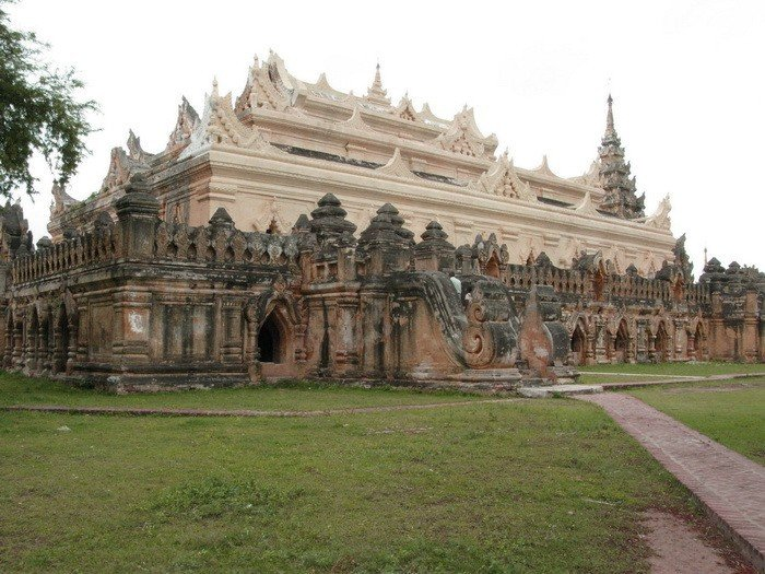 Kyaung monastgery at Innwa